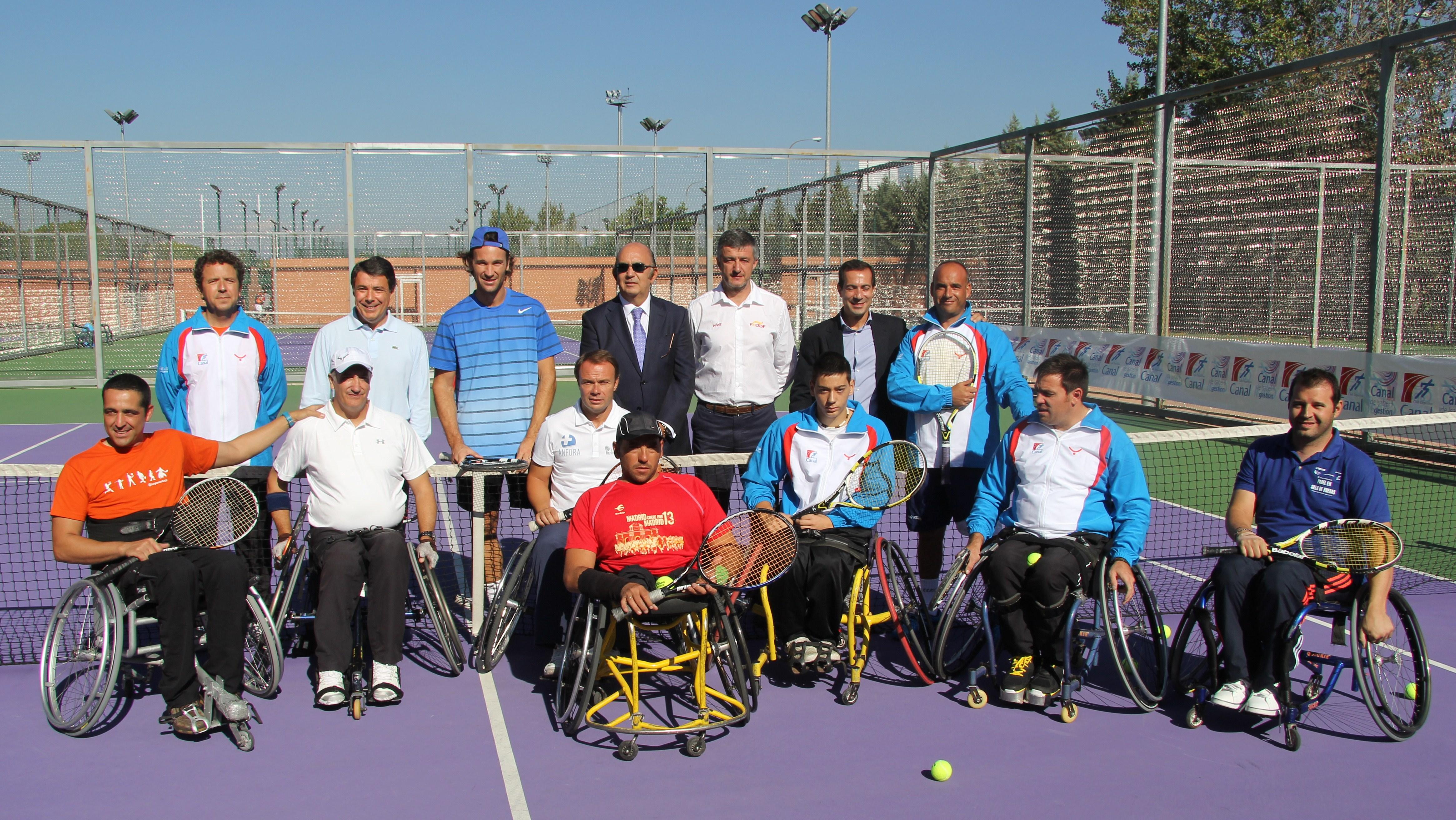 Carlos Moyà estuvo hoy en la presentación del Campeonato de España de Tenis en Silla por Comunidades Autónomas