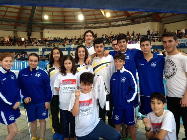 Los nadadores madrileños demuestran su buen nivel en el Campeonato de España de natación AXA para jóvenes