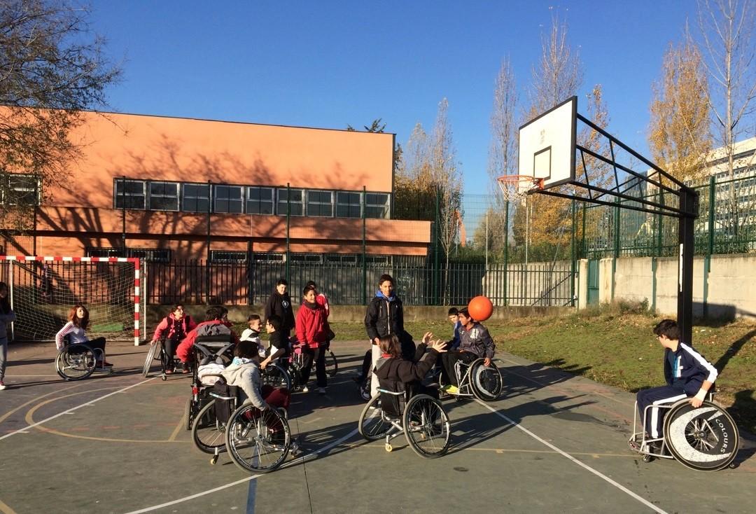 El programa Madrid Comunidad Olímpica recorrerá este curso más de cuarenta centros educativos de toda la Comunidad