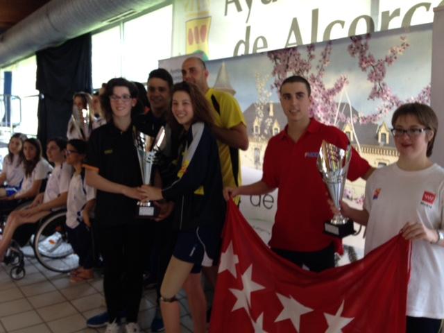 29 medallas para los nadadores madrileños en los Campeonatos de España absolutos por autonomías de natación adaptada 2015